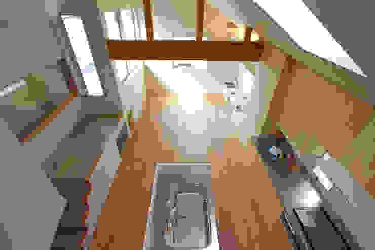 福田康紀建築計画 Livings de estilo moderno