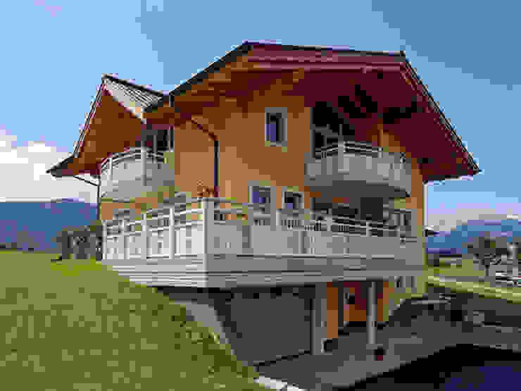 Alu Comfort Plus - hält ein Leeben lang Klassischer Balkon, Veranda & Terrasse von Leeb Balkone GmbH Klassisch