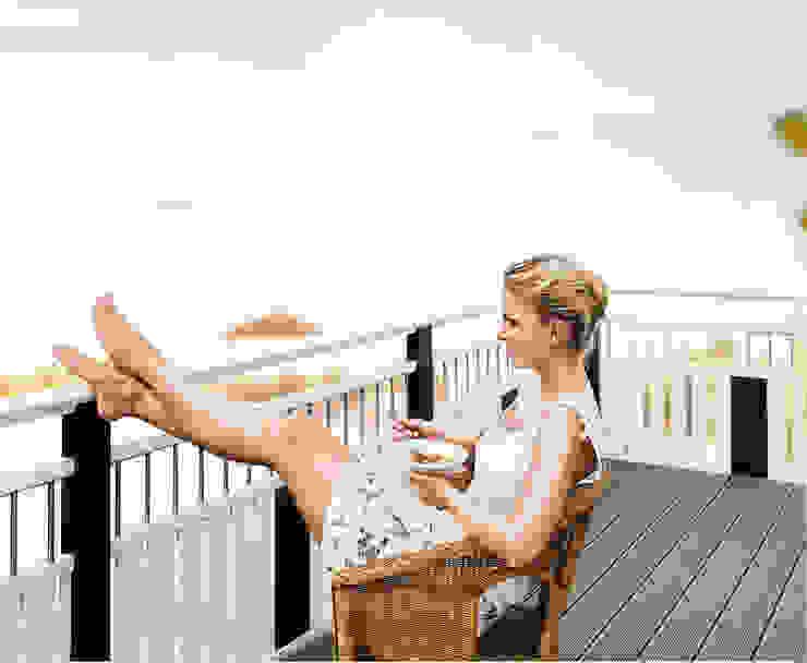Leeb Balkone GmbH Balcones y terrazas de estilo clásico