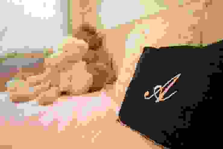 Dormitorio Infantil Molins de rei Dormitorios infantiles de estilo escandinavo de muxo Studio Escandinavo