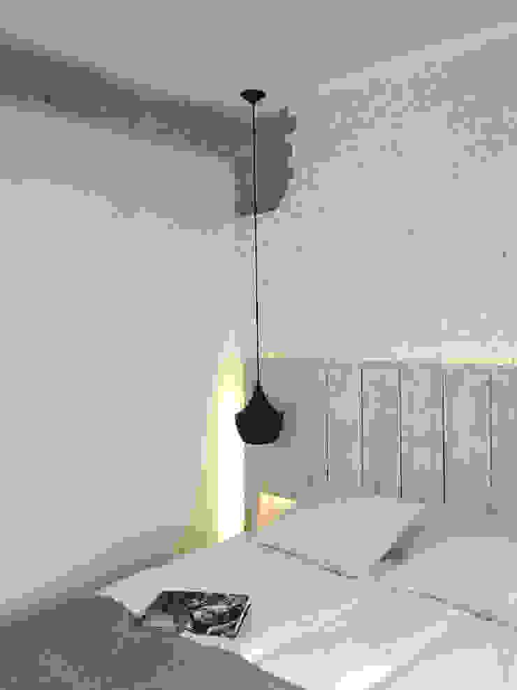 Dormitorio principal Dormitorios de estilo moderno de B-mice Design + Architecture Moderno