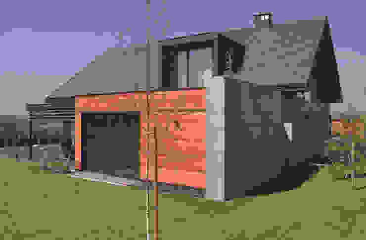 Casas modernas de Studio S Biuro architektoniczne Michał Szymanowski Moderno