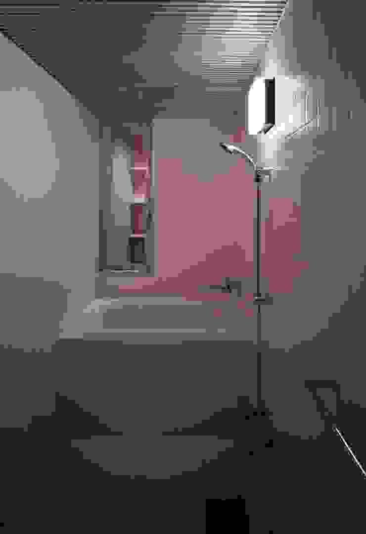 途上の家 ミニマルスタイルの お風呂・バスルーム の 畠中 秀幸 × スタジオ・シンフォニカ有限会社 ミニマル