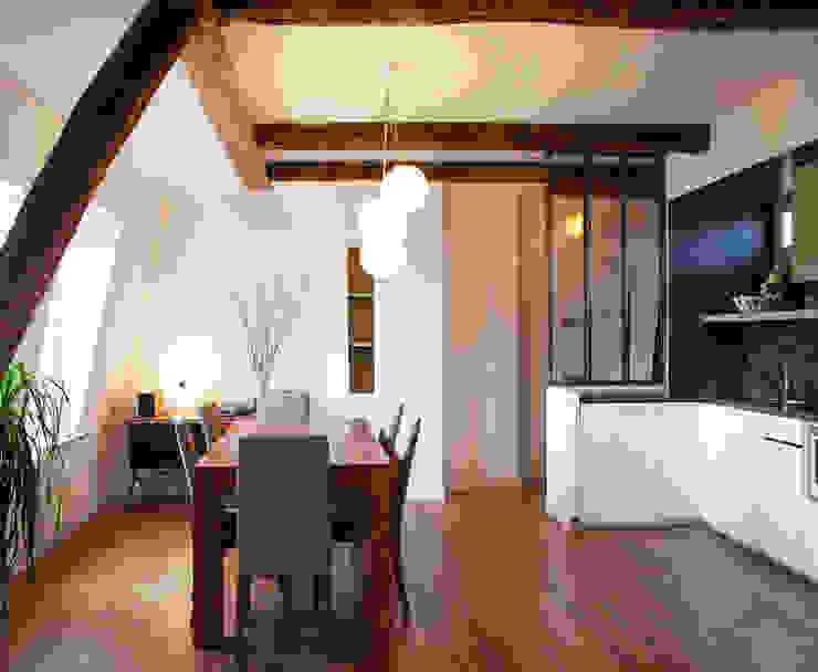 PARIS 11° Salle à manger moderne par RBB architectes Moderne