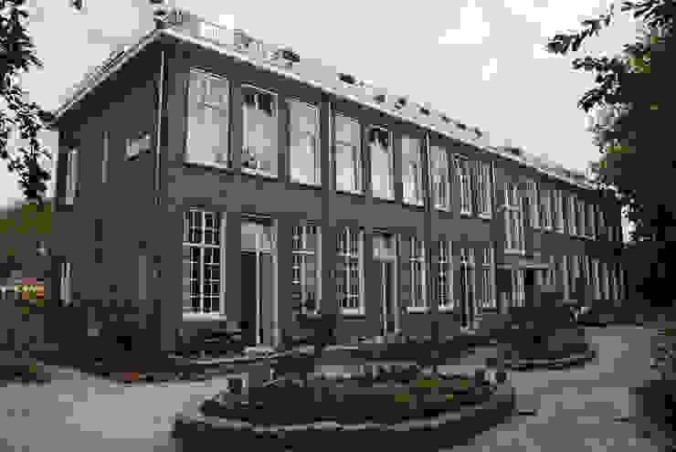 Voorgevel na verbouwing Klassieke huizen van Gunneweg & Burg Klassiek
