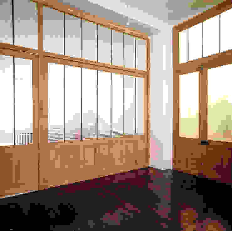 Puertas y ventanas de estilo industrial de Antonio Virga Architecte Industrial