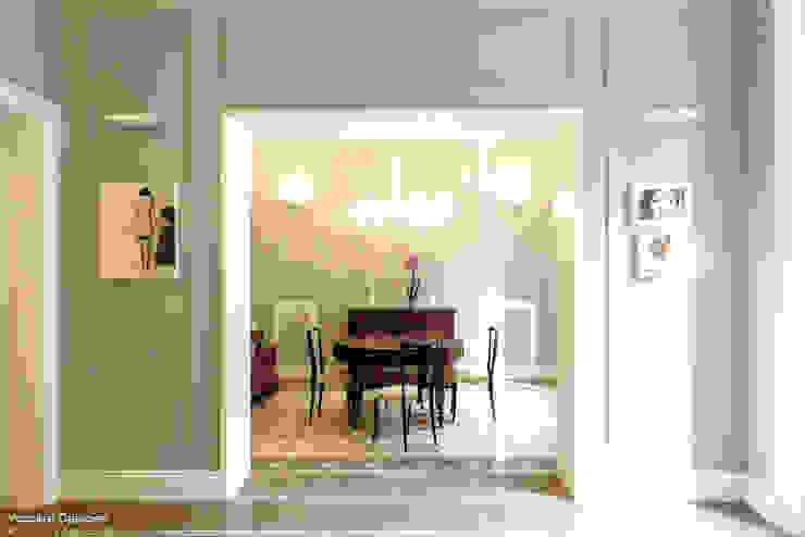 Casa privata BARI. QUARTIERE MURAT, Palazzo primi anni '20. Sala da pranzo in stile classico di Azzurra Garzone architetto Classico