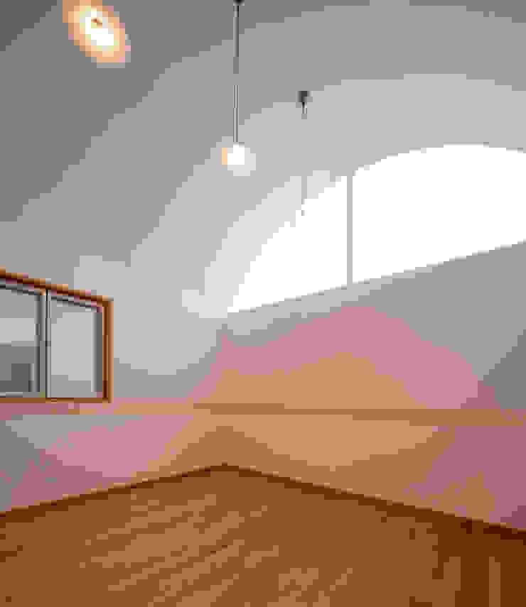 長閑の家 モダンスタイルの寝室 の プラソ建築設計事務所 モダン