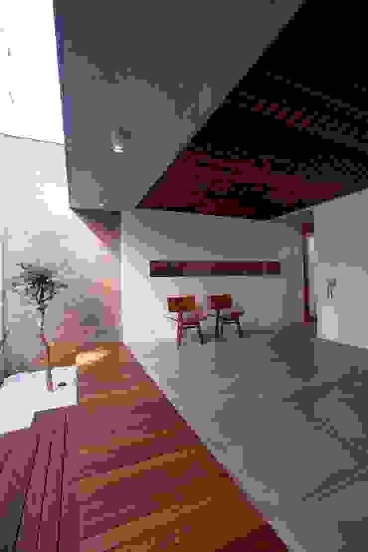 Balcon, Veranda & Terrasse modernes par Ana Sawaia Arquitetura Moderne