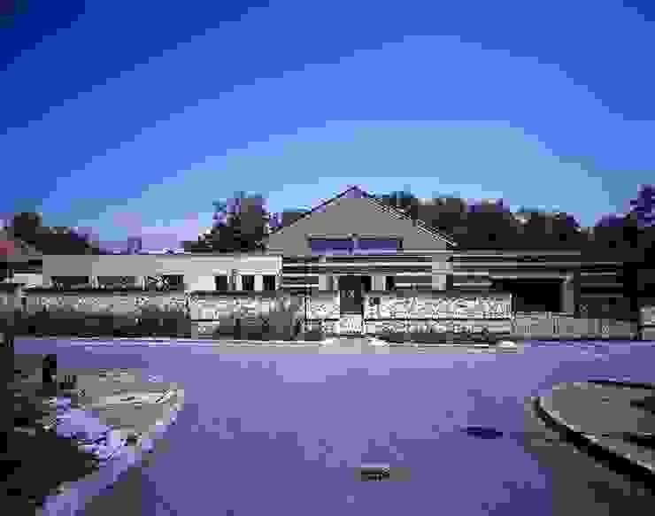 Dom jednorodzinny w Rząsce koło Krakowa Nowoczesne domy od Studio S Biuro architektoniczne Michał Szymanowski Nowoczesny