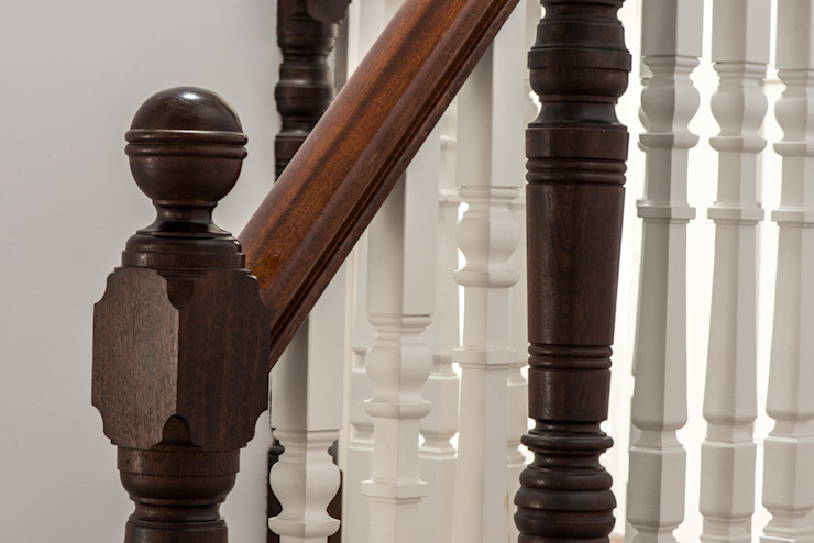 Muswell Hill Classic style corridor, hallway and stairs by Goldsmith Architects Classic