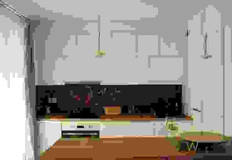 Minimalist kitchen by AW INTERIOR DESIGN Minimalist