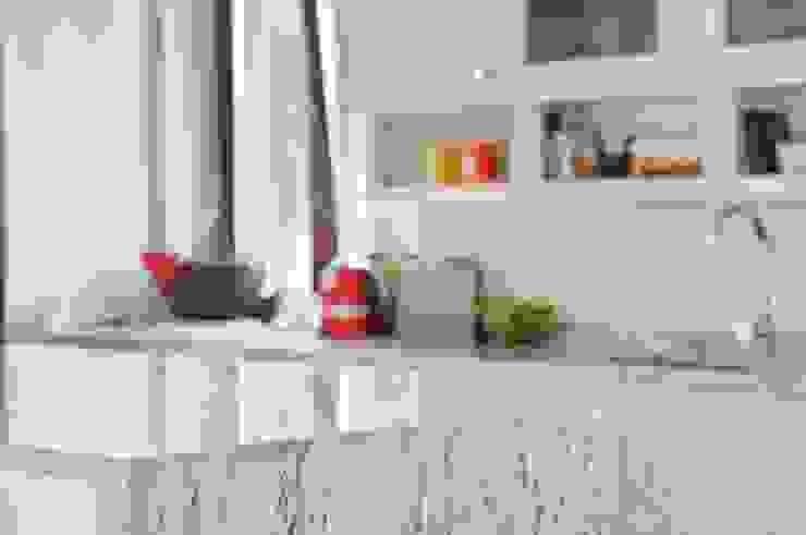 Cocinas de estilo clásico de GRANMAR Borowa Góra - granit, marmur, konglomerat kwarcowy Clásico