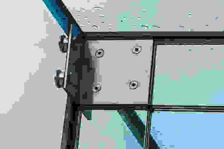 Barnes, London; Culmax Glass Box Extension and Maxlight Doors Minimalistische Fenster & Türen von Maxlight Minimalistisch