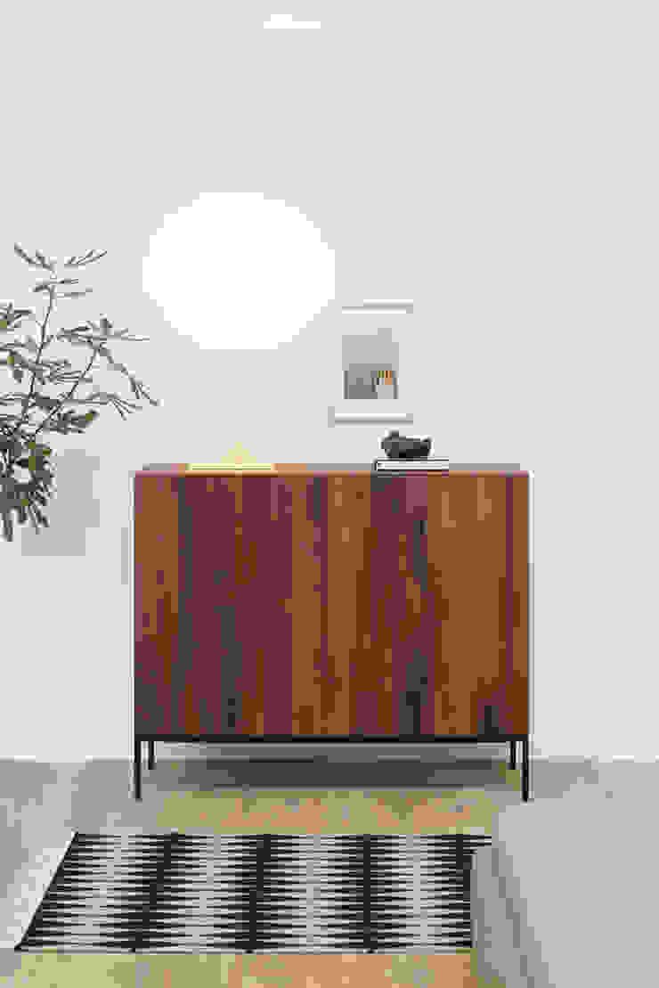 Sideboard FARIBA Modern Bedroom by e15 Modern