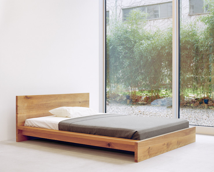 Bed MO Modern style bedroom by e15 Modern
