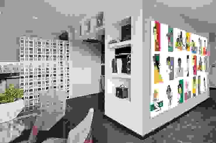 Studio do Jogador de Futebol Corredores, halls e escadas modernos por Sheila Mundim Arquitetura e Design de Interiores Moderno