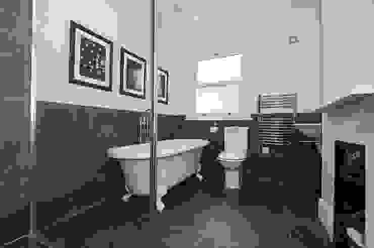 Refurbishment of late Victorian Property Salle de bain classique par Corebuild Classique