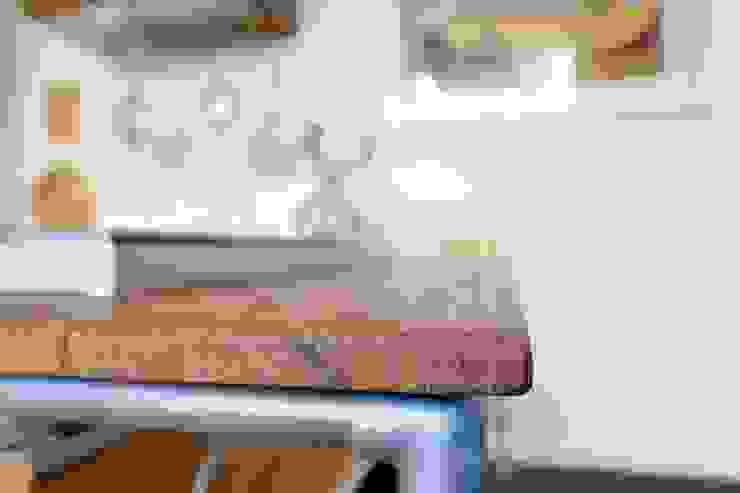 Modularis Progettazione e Arredo Cocinas de estilo minimalista