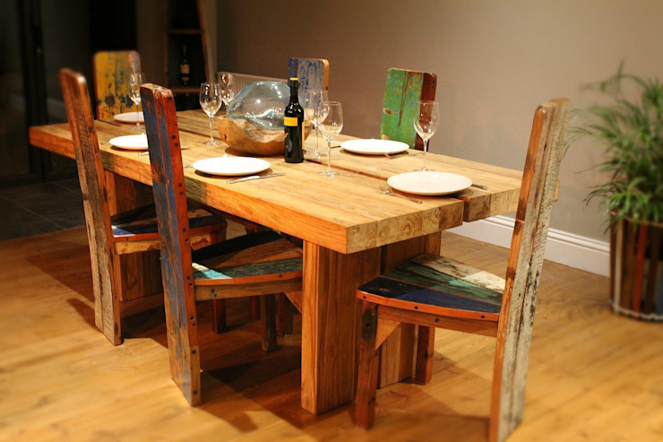 Raja Teak Dining Table: rustic  by BluBambu Living , Rustic