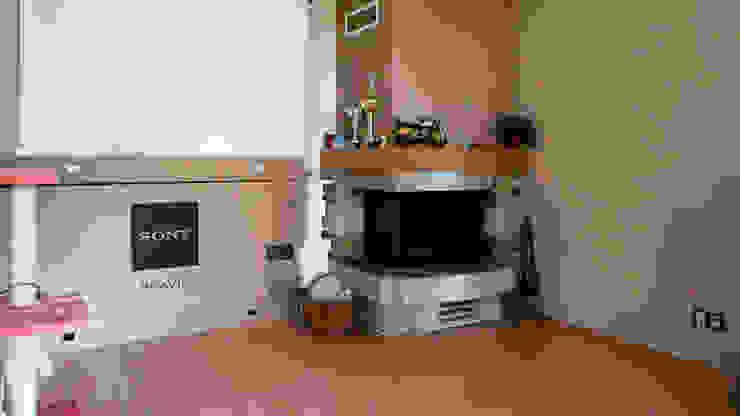 Salon przed zmianą od Home Staging Studio AP Nowoczesny