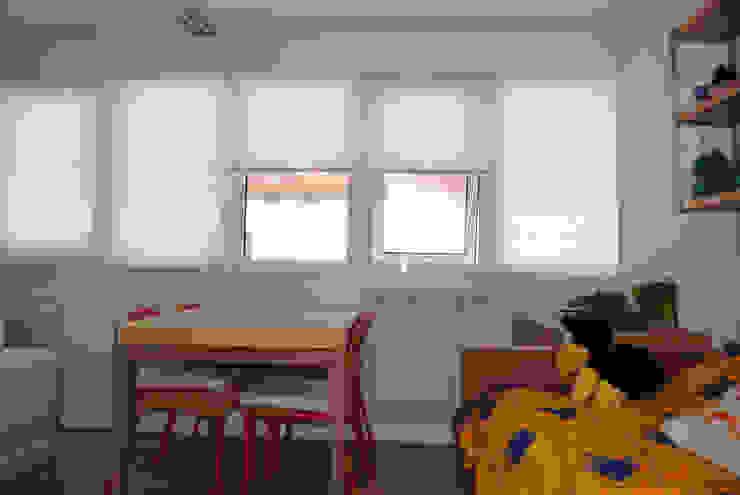 Salón reformado 2 de Estudo de Arquitectura Denís Gándara