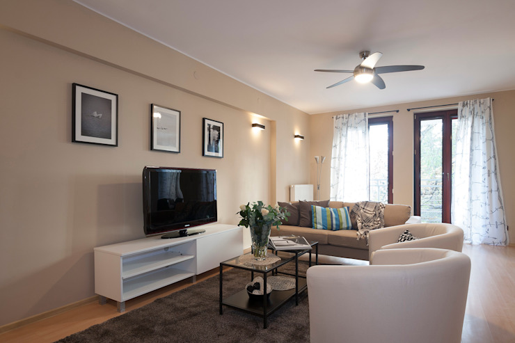 Salon po zmianie od Home Staging Studio AP Nowoczesny