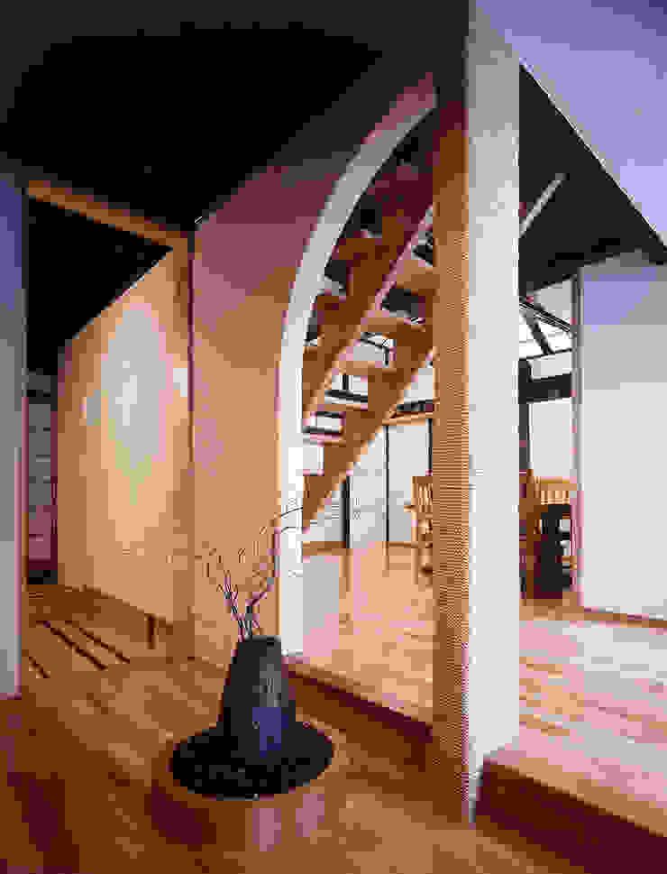積日隆替家屋 オリジナルデザインの リビング の 岩本賀伴建築設計事務所 オリジナル