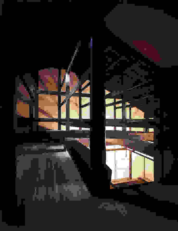 積日隆替家屋 オリジナルデザインの 多目的室 の 岩本賀伴建築設計事務所 オリジナル