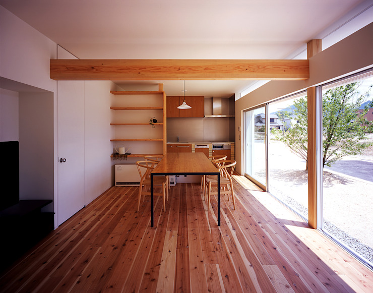 ¬(サシガネの家) オリジナルデザインの ダイニング の 岩本賀伴建築設計事務所 オリジナル