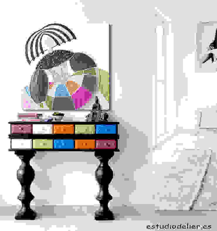 consola de entrada y cuadro menina de ESTUDIO DELIER Ecléctico