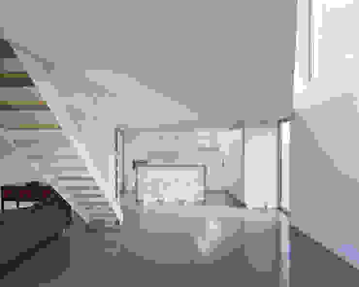 Maison D Salle à manger moderne par Emmanuelle Weiss Architecte Moderne