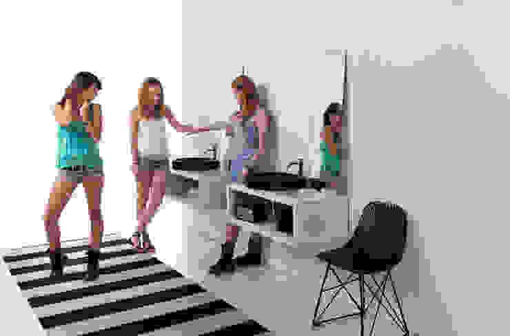 lavabos ORBITA sobre mueble CASCO. de Boing Original Moderno