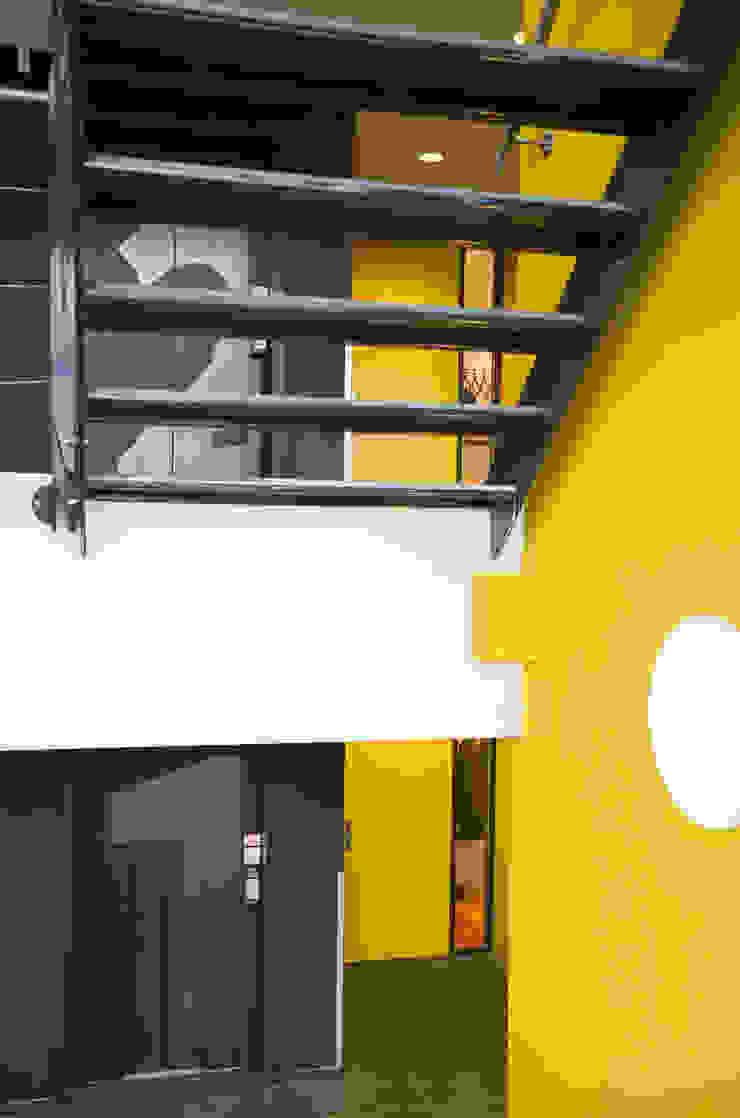 Trappenhuis Moderne kantoorgebouwen van ontwerpplek, interieurarchitectuur Modern
