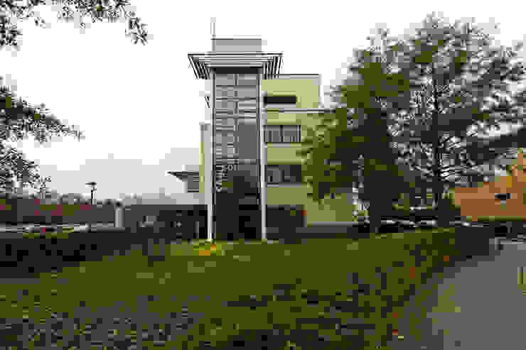 Signing gevel Moderne kantoorgebouwen van ontwerpplek, interieurarchitectuur Modern