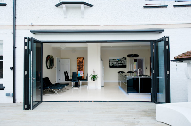 Kitchen Development with Bi Folding Doors Modern windows & doors by ROCOCO Modern