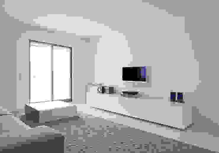 Apartamento no Porto - Portugal Salas de estar minimalistas por Cláudio Vilarinho Arquitectura e Design Lda Minimalista