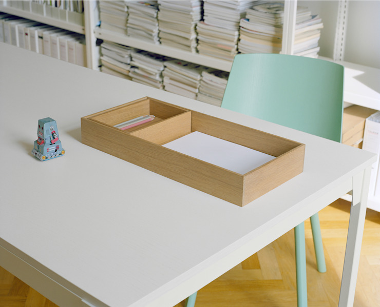 Table FRANKFURT Modern Study Room and Home Office by e15 Modern