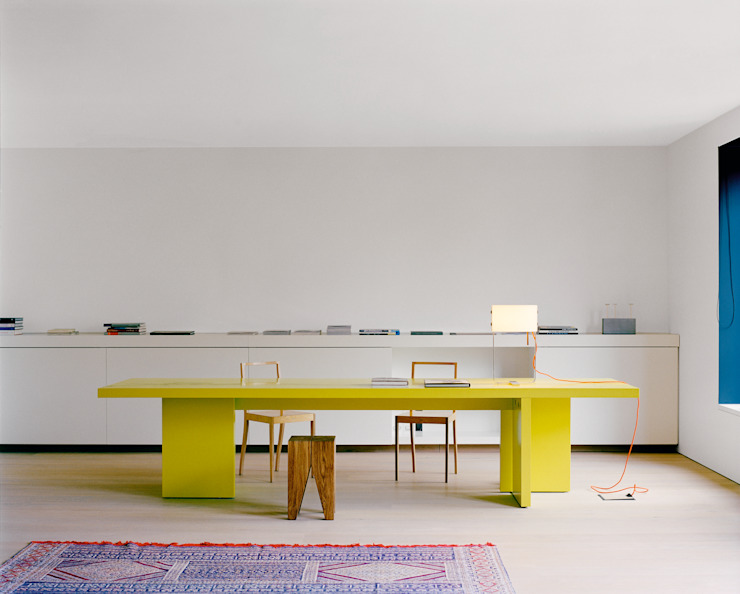 Table ISAAC Modern Study Room and Home Office by e15 Modern