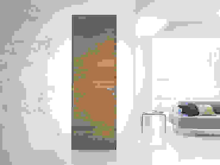 Modello demetra - finitura laminato millerighe brown di PIETRELLI PORTE Moderno
