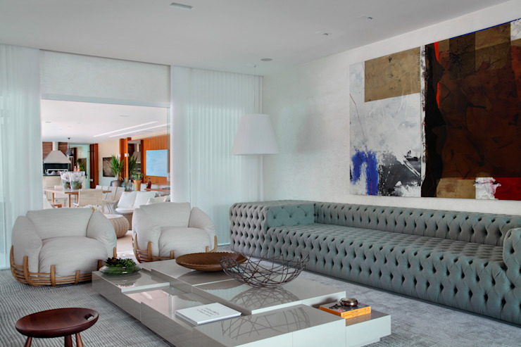 Living room by Leila Dionizios Arquitetura e Luminotécnica, Modern