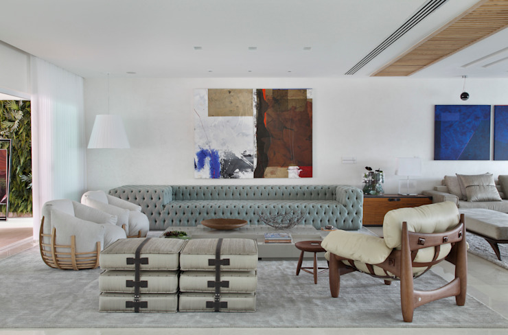 Moderne woonkamers van Leila Dionizios Arquitetura e Luminotécnica Modern
