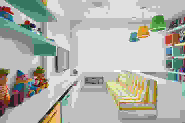 Arquitetura Residencial | Casa de luxo na Barra da Tijuca Quarto infantil moderno por Leila Dionizios Arquitetura e Luminotécnica Moderno