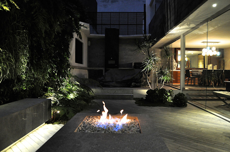 Modern style gardens by DF ARQUITECTOS Modern