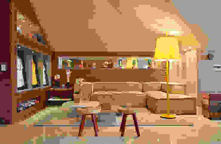 Arquitetura Residencial | Casa de luxo na Barra da Tijuca Varandas, alpendres e terraços modernos por Leila Dionizios Arquitetura e Luminotécnica Moderno