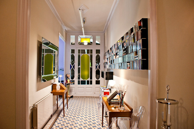 CID DELTA, SA Mediterranean style walls & floors