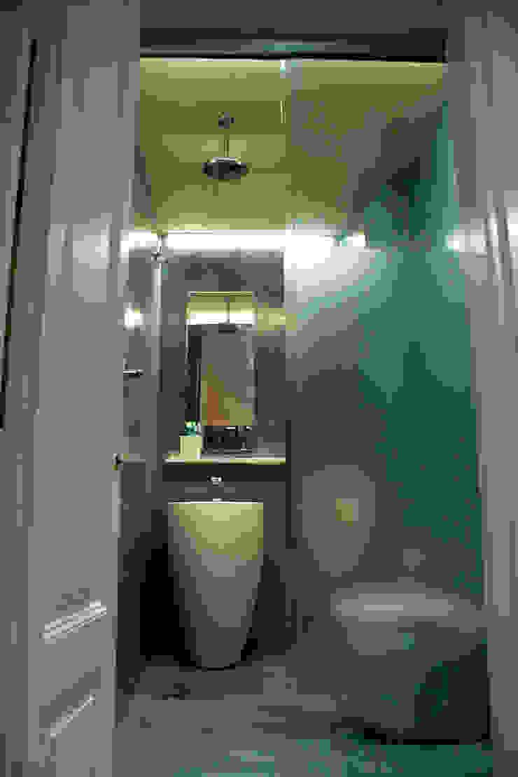 CID DELTA, SA Mediterranean style bathroom