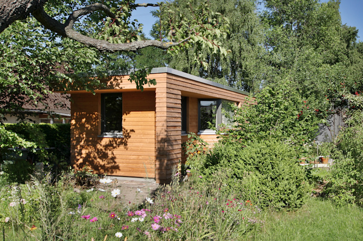 Ansicht außen Moderner Garten von Lennart Häger Architekt Modern