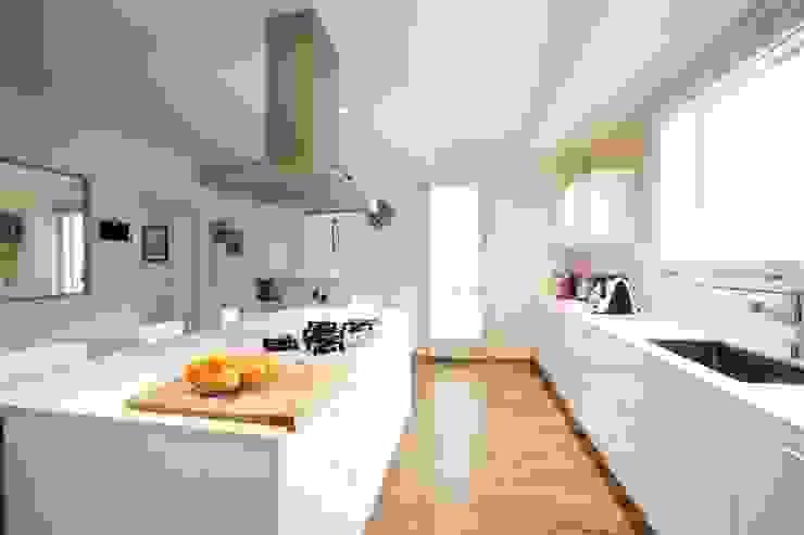 مطبخ تنفيذ Modularis Progettazione e Arredo