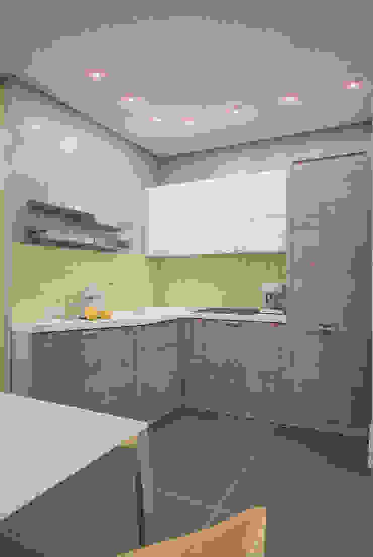 Yellow on grey Кухня в стиле минимализм от Marina Sarkisyan Минимализм